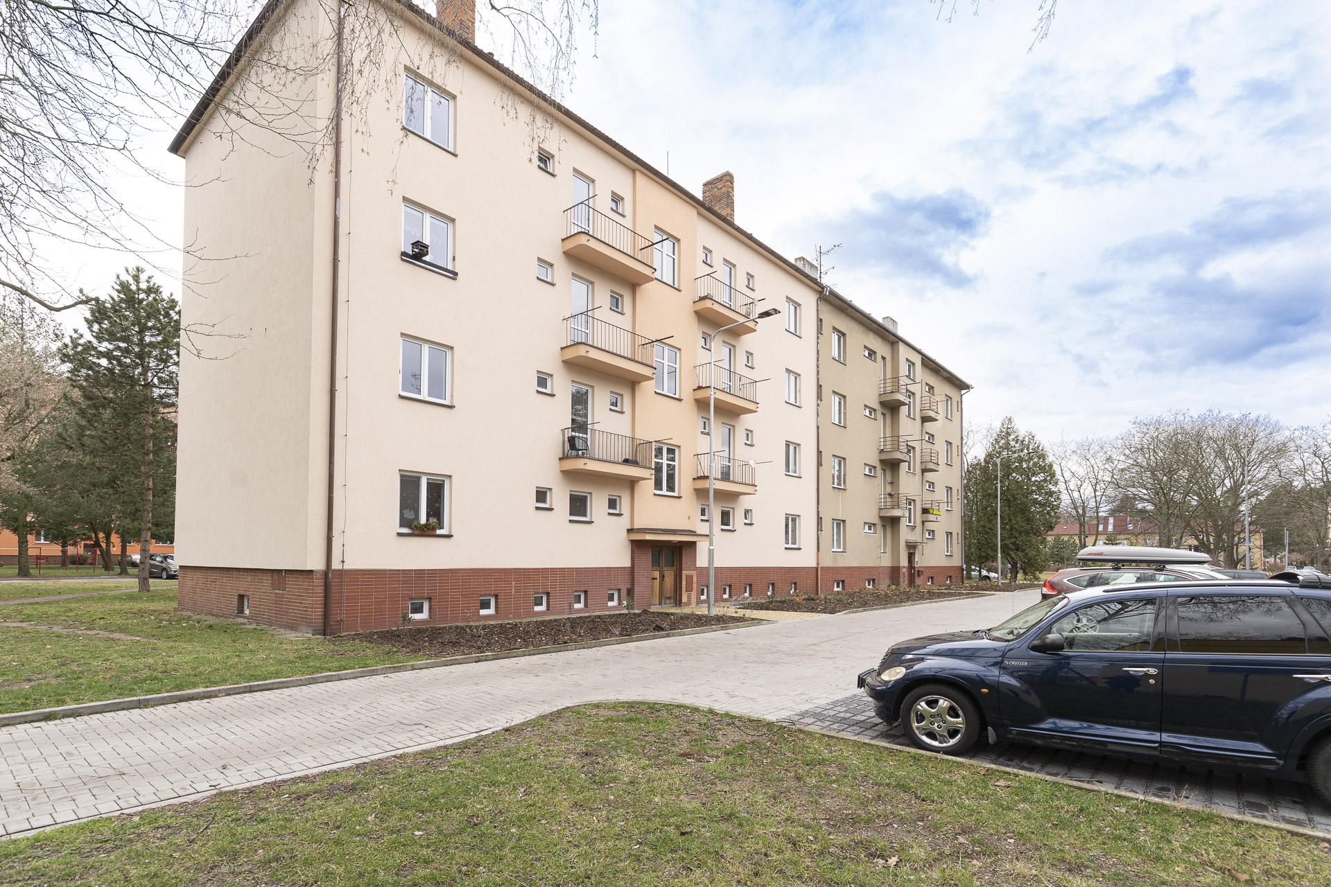 foto bytového domu Pardubice ulice Jiránkova